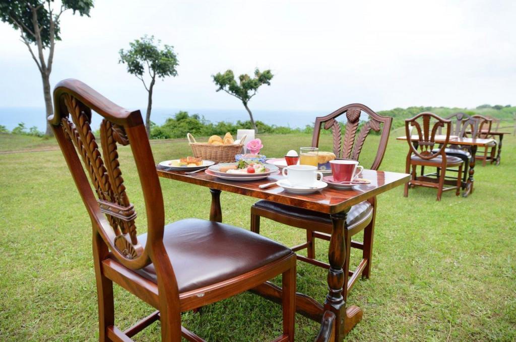3.ガーデン朝食のお席の一例
